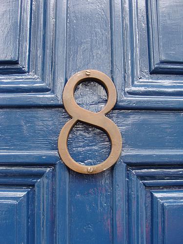 suite de chiffres en image Kirstyhall-number-8