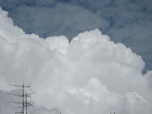 Hybrid Cloud  ~yienshawn92~